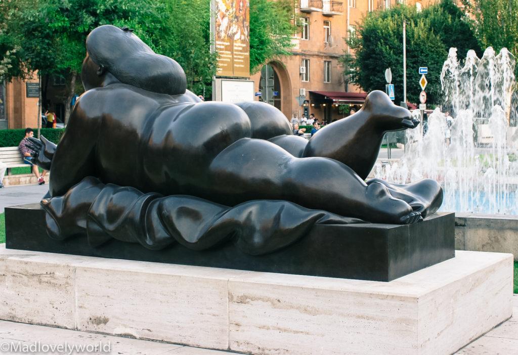 Skurrile und lustige Skulpturen