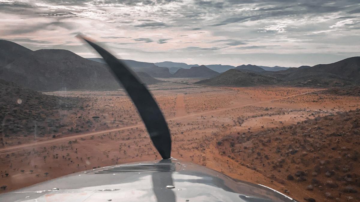 Anflug Airstrip Epupa Falls