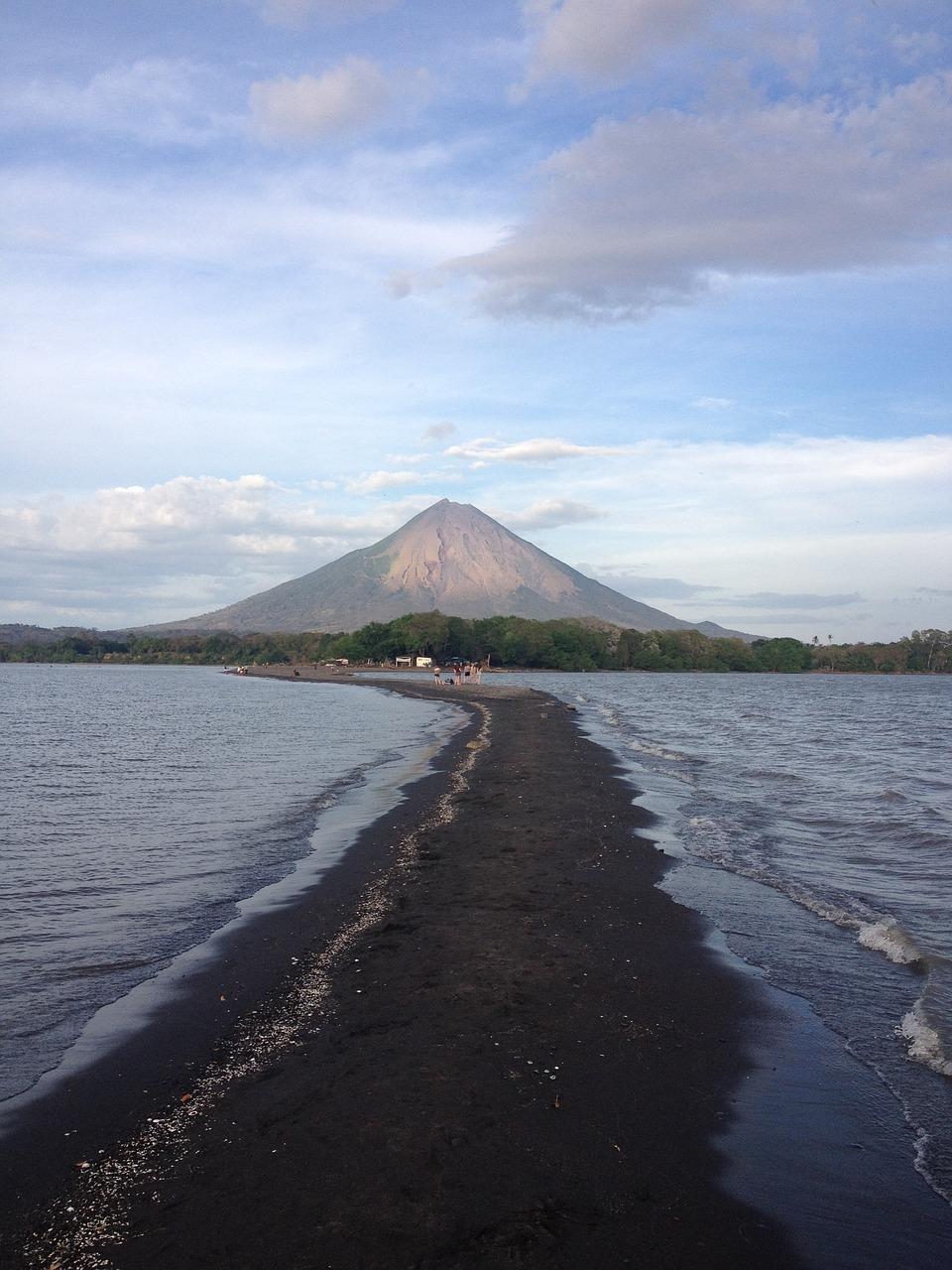 island-ometepe